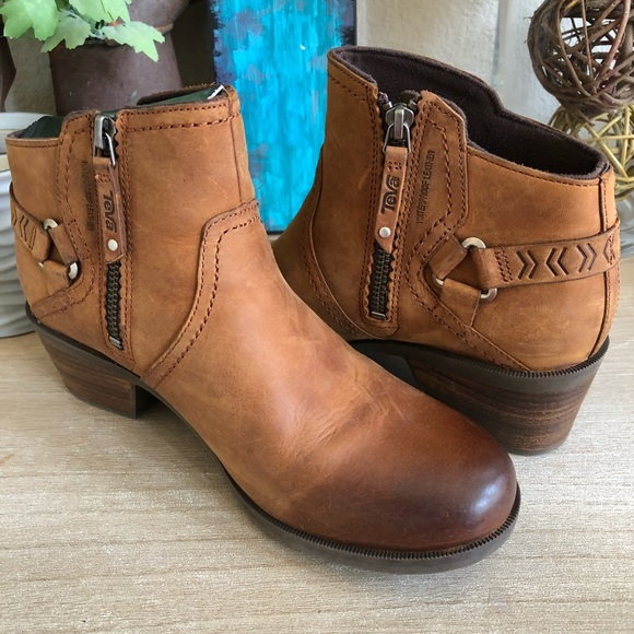 d58fb3ac4 Teva Shoes | Foxy Low Waterproof Leather Boots New Inbox | Poshmark